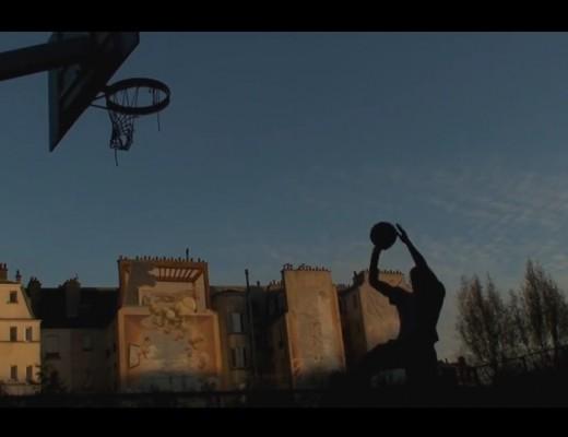 Image issue du clip de Aux Etoiles